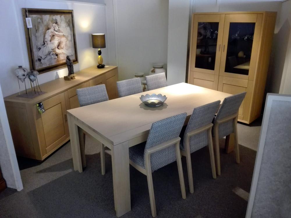 salle manger en ch ne massif fabrication belge. Black Bedroom Furniture Sets. Home Design Ideas